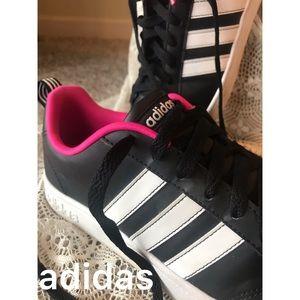 Classic adidas Black White Stripes pink inside